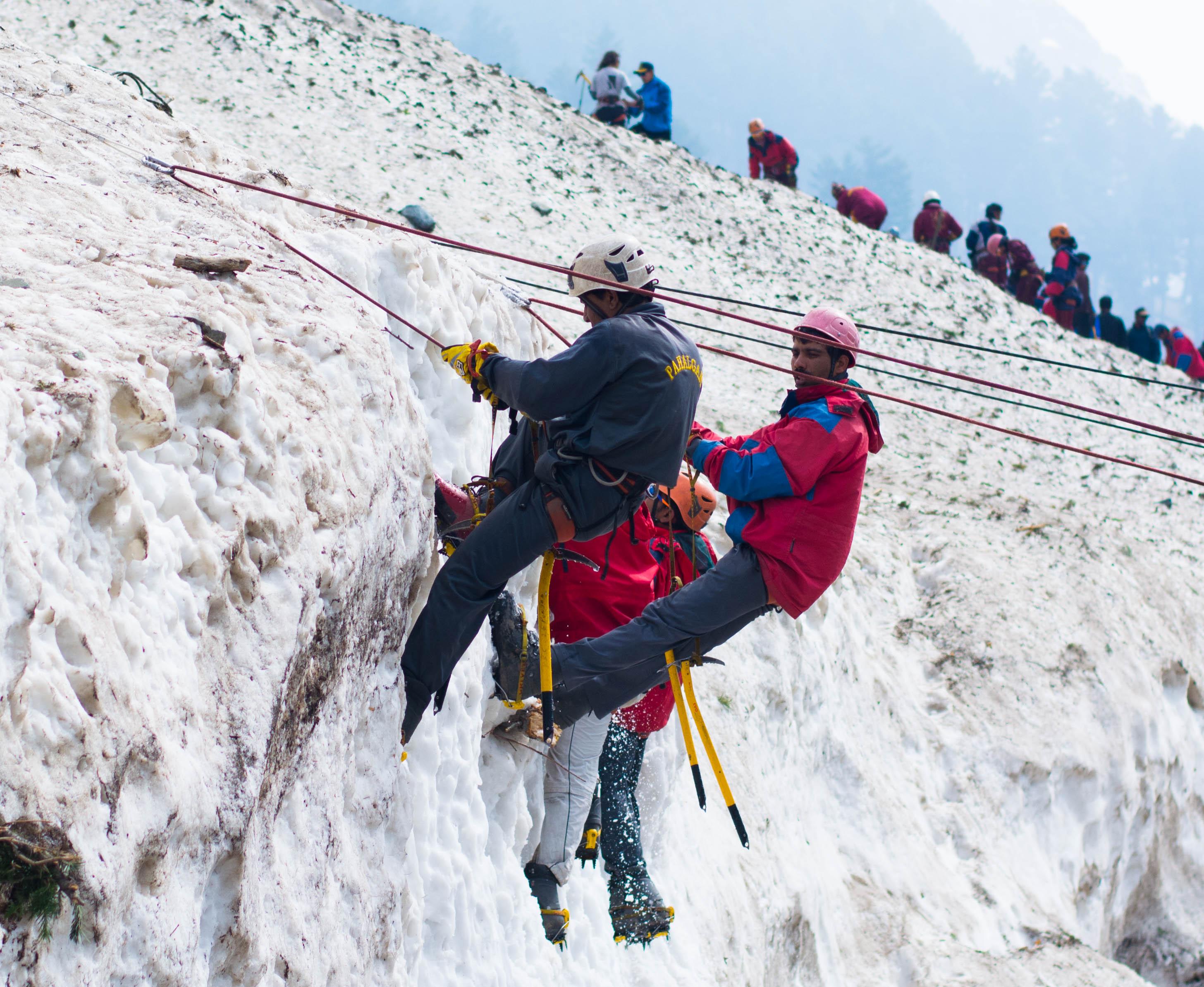 BMC - ICE climbing